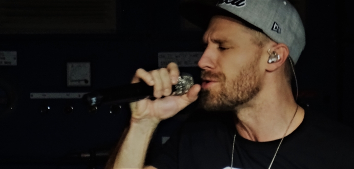 Review, Concerts & Live shows, Music & Memories, Manchester, US country singer, Nashville Music, Chase Rice